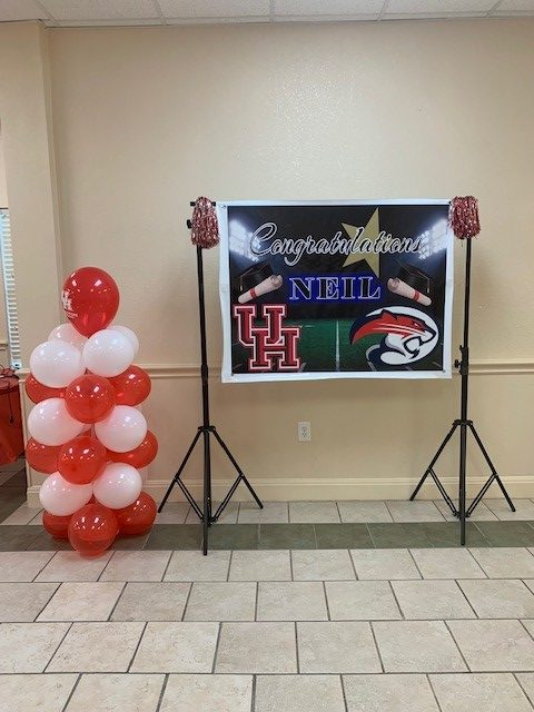UH Grad banner